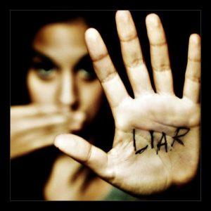 لماذا نكذب أحياناً