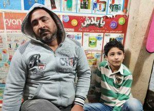 في مصر الطفل الذي تعرض للضرب ووالده