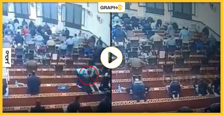 وفاة أحد المصلين وهو ساجد
