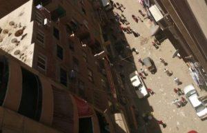 طفل مخمور يتسبب بحادث سير في مصر