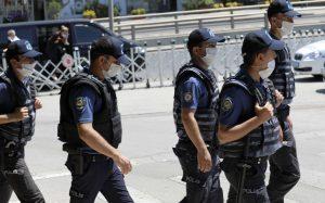 أفعال عنيفة ومخلة للآداب بحق فتاة والسلطات تلقي القبض