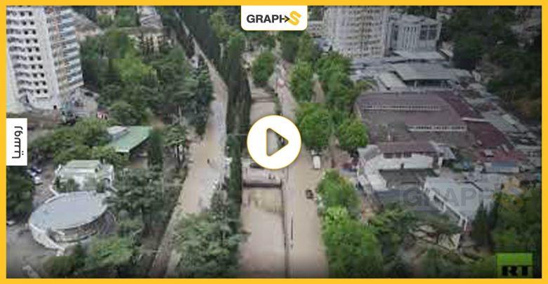 الفيضانات تكتسح عدة مدن في روسيا