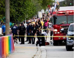 شاحنة تصطدم بمسيرة للمثليين في فلوريدا