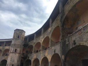 منطقة أشباح و سجن قديم