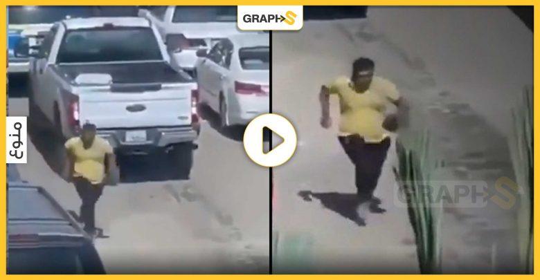 لحظة هروب متهم من دورية