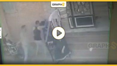 مصرية تتعرض للضرب والسحل