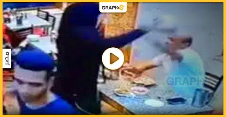مصرية تعتدي بالضرب على زوجها