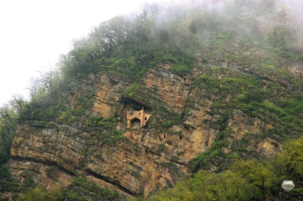 قلعة الجنيات
