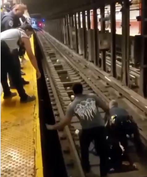 محطة مترو أنفاق في نيويورك