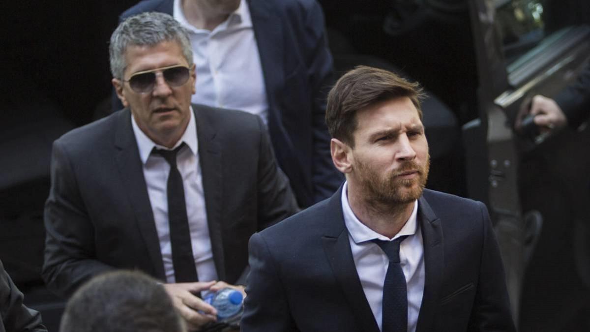 ميسي يصل برشلونة لأجل مفاوضات التجديد