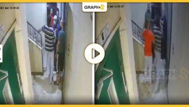 اعتداء شاب على امرأة مصرية أمام زوجها