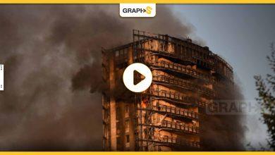 بالفيديو|| حريق ضخم يلتهم برجاً في مدينة إيطالية ويسبب ذعر الأهالي وحالات إخلاء لآلاف الجيران له