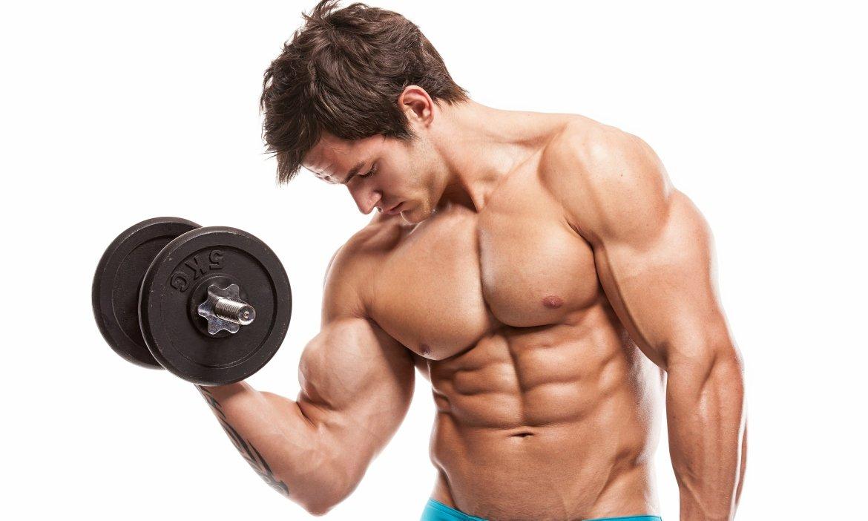 دراسة بريطانية: نموذج رياضي مثالي لأسرع طريقة لبناء العضلات