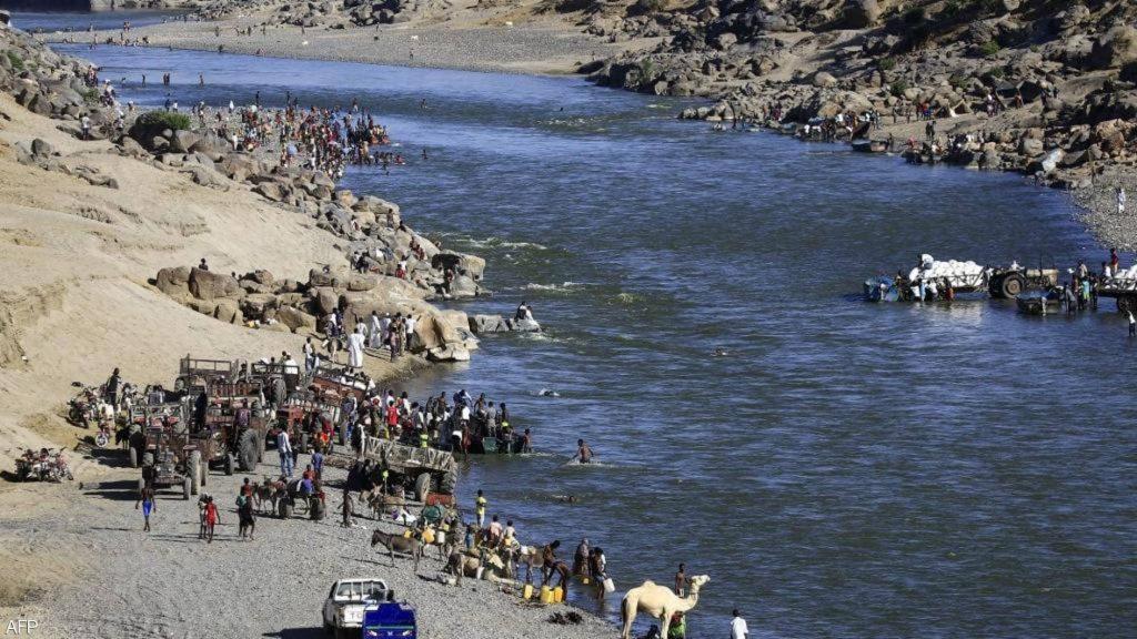 """""""أخبار العالم """"جثث في نهر بين السودان وإثيوبيا"""