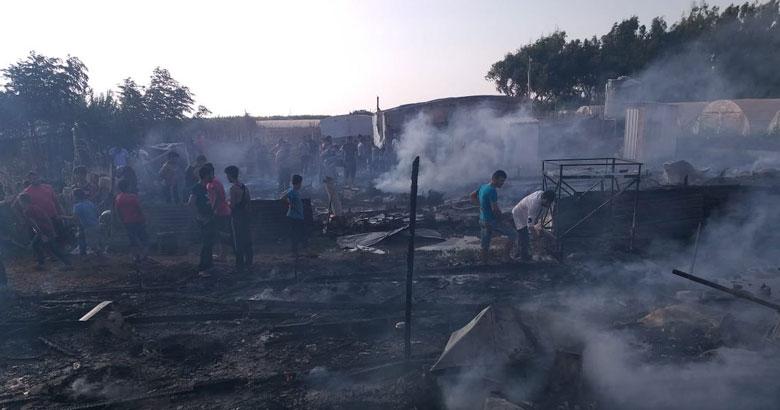 حرائق ضخمة تدمر مخيما للاجئين في لبنان