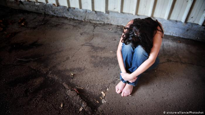 فاجعة مأساوية تهز الهند.. الاعتداء على فتاة صغيرة من قبل 33 رجلاً والشارع الهندي يشتعل غضبا
