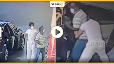 بالفيديو|| اختطاف عامل محطة وقود في دولة خليجية يثير جدلاً واسعاً.. ورد فعل مفاجئ من الشرطة حول القضية