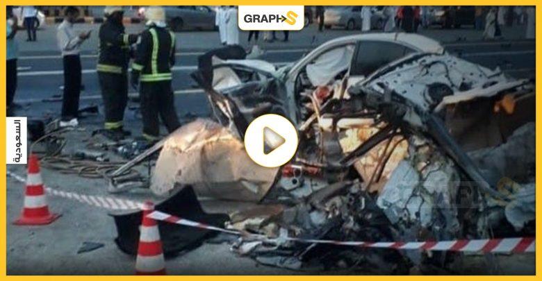 بالفيديو   في السعودية.. حادث مروع لتصادم سيارتين ولقطات موثقة تقشعر لها الأبدان