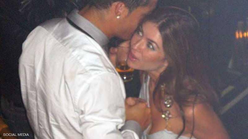 تهمة الاعتداء على العارضة الأمريكية كاثرين مايورغا تلاحق رونالدو من جديد..قد تفسد ظهوره الأول مع الشياطين الحمر