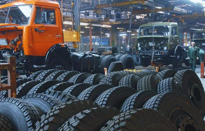 """وداعا للوقود الأحفوري.. الشركة الروسية """"كاماز"""" تعرض منتجا ثوريا في مجال النقل"""
