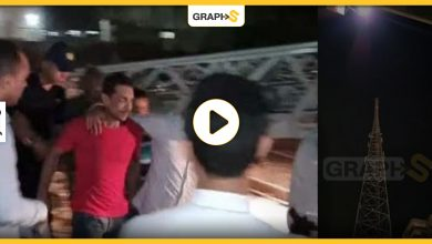 بالفيديو   شاب مصري يحاول إنهاء حياته من أعلى برج شبكة محمول.. ارتفاعه تجاوز 30 مترا