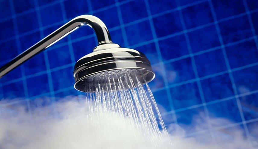 خبراء يوضحون: 6 أسباب توضح أنّ الاستحمام ليلاً أفضل من أوقات أخرى