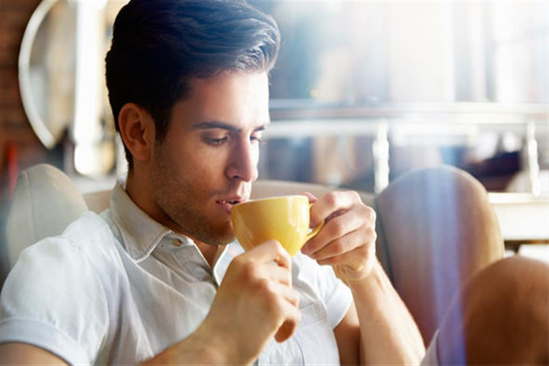 فوائد الارتباط بشريك مولع بالقهوة كثيرة وهذه أهمها