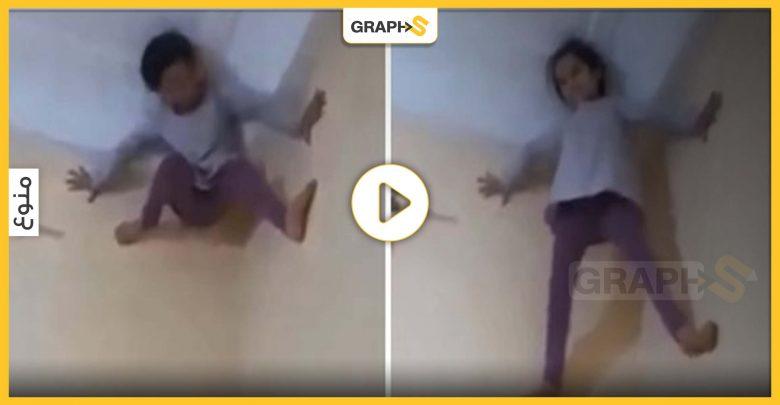 """شاهد: فتاة صغيرة تتلسق الجدران بشكل غير منطقي والمتابعون يطلقون عليها اسم """"الفتاة العنكبوت"""""""