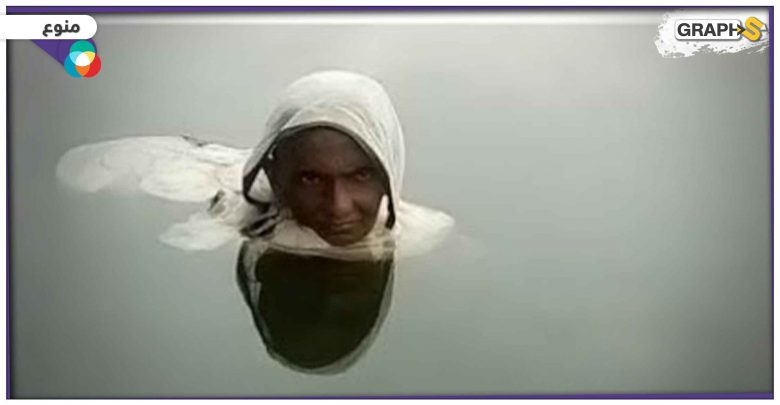 بالفيديو   قصة امرأة هندية تعيش بالماء منذ 20 عاماً وتأكل بالشهر مرتين