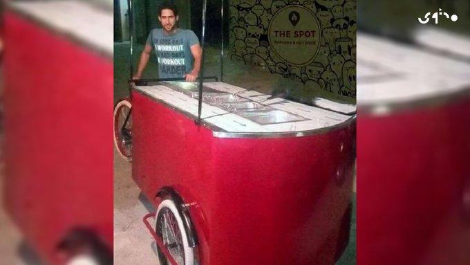 قصة الأستاذ الجامعي نهاراً وعامل على عربة توصيل طعام ليلاً