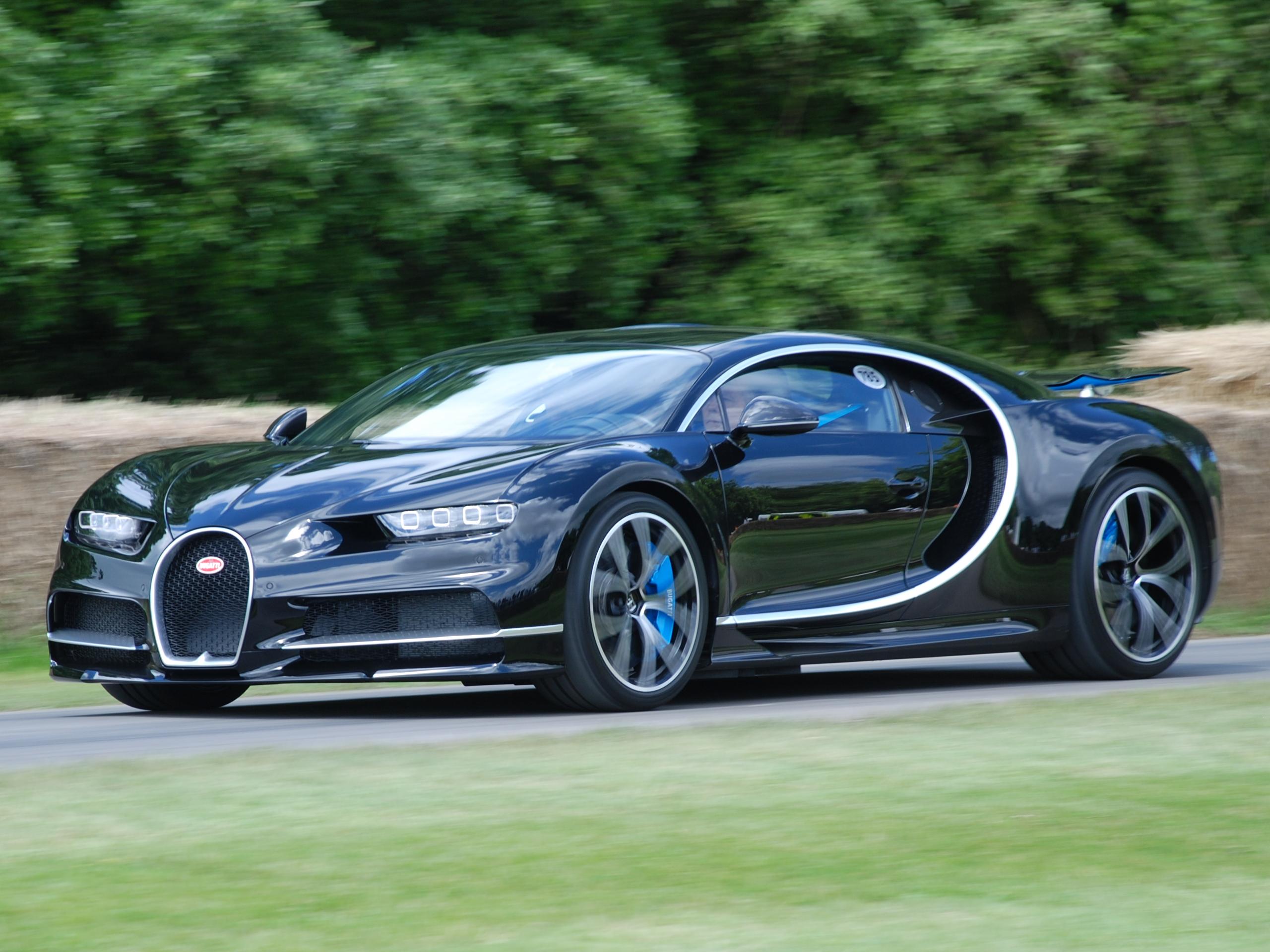تعرف إلى أسرع أربع سيارات في العالم حصلت على أرقام قياسية عالمية تجاوزت سرعتها الـ 450 كلم بالساعة