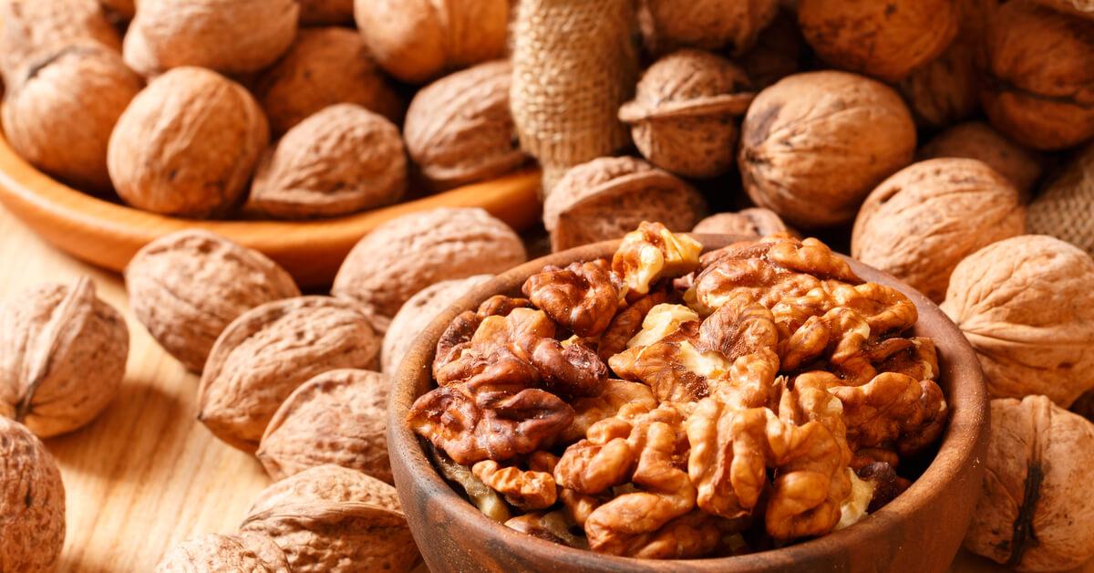 آلام الصداع النصفي المزعجة: دراسة تنصح بخمسة أطعمة تساعد على الخلاص منه