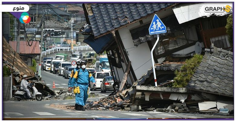 """بالفيديو   إعلامي يقرأ نشرة الأخبار """"بدمٍ بارد"""" خلال زلزال عنيف باليابان.. هزّ الاستديو بمن فيه"""