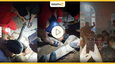 """العراق: فيديو يحبس الأنفاس.. عملية إنقاذ مذهلة """"لصغير"""" لم يتجاوز عمره عامين سقط في بئر عمقه 50 متراً"""