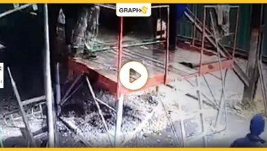 بالفيديو   لحظات تفصلهم عن الموت حرقا.. نجاة 5 عمال بينهم امرأة من انفجار مصنع الباردو بروسيا