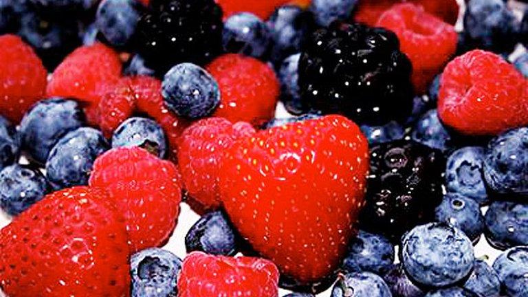 اجع طعامك دواءك..خمسة أطعمة لشحذ الذاكرة والتركيز