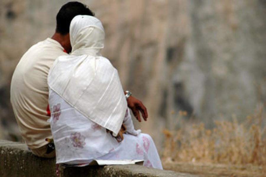 فتوى مصرية تثير جدلاً عارماً في البلاد تحدد عدد العلاقات الحميمة بين الرجل وزوجته بالدين الإسلامي