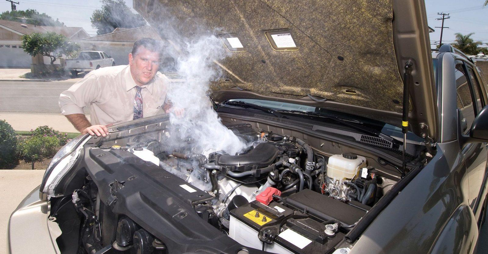 أشياء يجب على كل سائق معرفتها.. كيفية الوقاية من حرائق السيارات أثناء القيادة