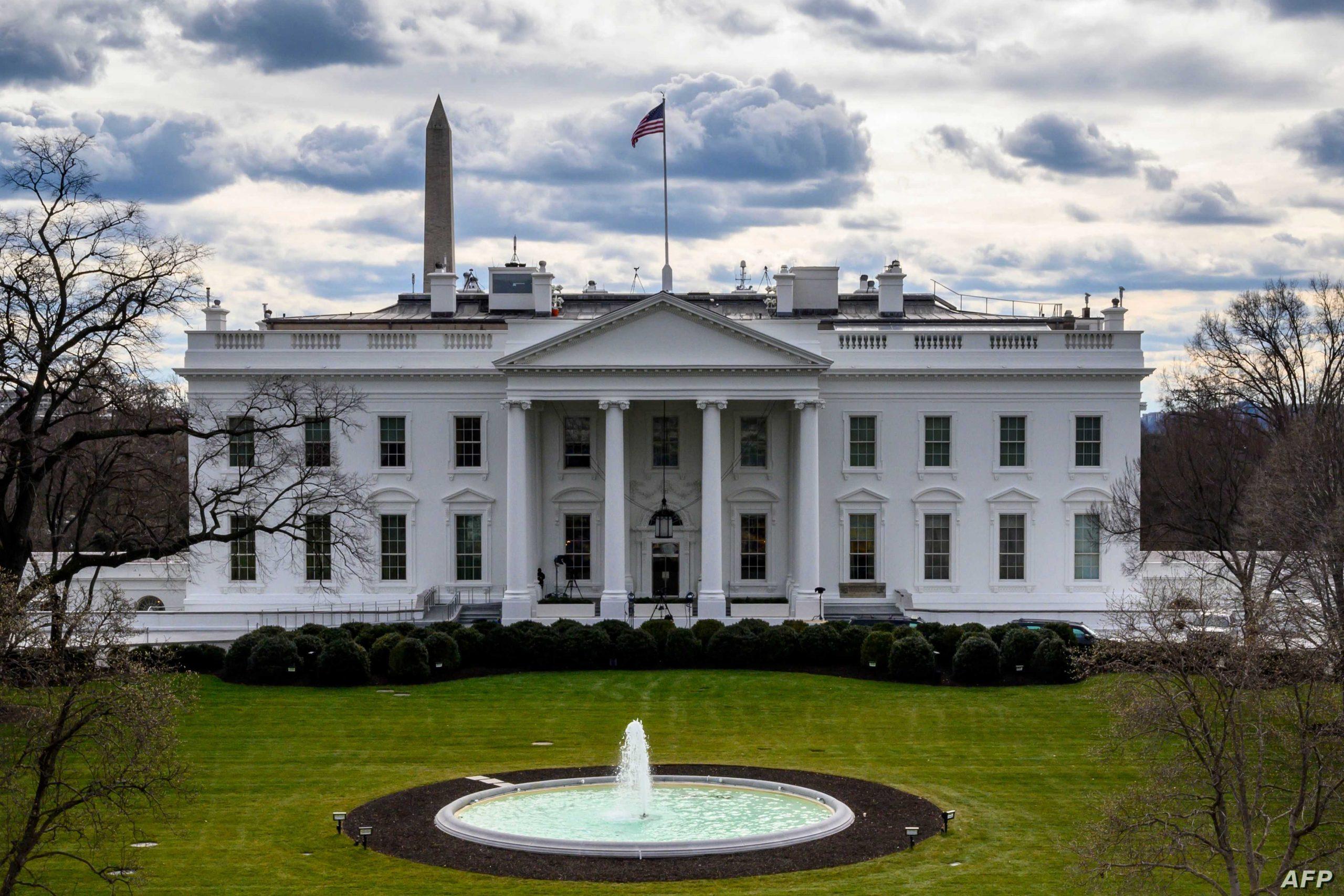 """أول تعليق لمارك زوكربيرج بعد عودة """"فيسبوك"""".. والبيت الأبيض الأمريكي يوصي بأشياء تتعلق بمواقع التواصل"""